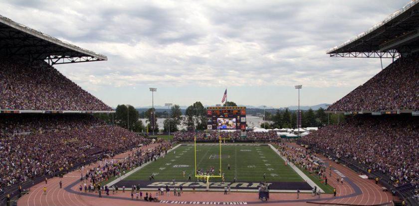 Husky_Stadium.jpg